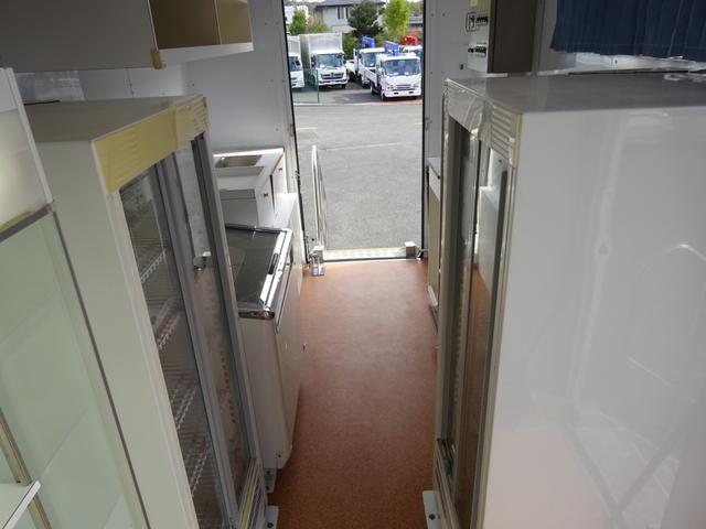 移動販売車 コンビニ 冷凍機 ガソリン発電機 0.45t積み(20枚目)