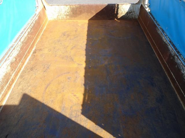 土砂ダンプ 極東開発 標準幅 ベッドレス 3750kg積み(12枚目)
