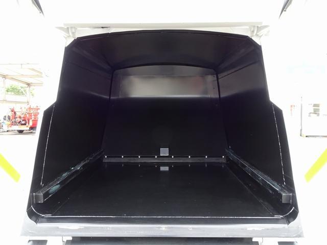 アイドルストップシステム 日野エコラン…省燃費モード・出力制御を行います ASSIST IDLE UP…発進時にアイドリング回転数を調整