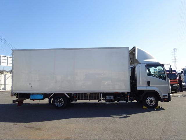 低温冷凍車 -30℃設定 左両開観音扉 リアエアサス ワイド ベッド付 2750kg積み 240馬力(25枚目)