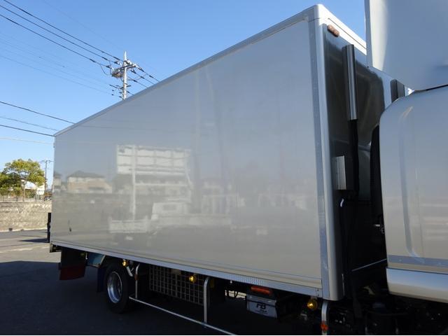 低温冷凍車 -30℃設定 左両開観音扉 リアエアサス ワイド ベッド付 2750kg積み 240馬力(70枚目)