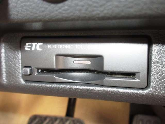 2.5 250GT タイプV 純正HDDナビ Rカメラ ET(4枚目)