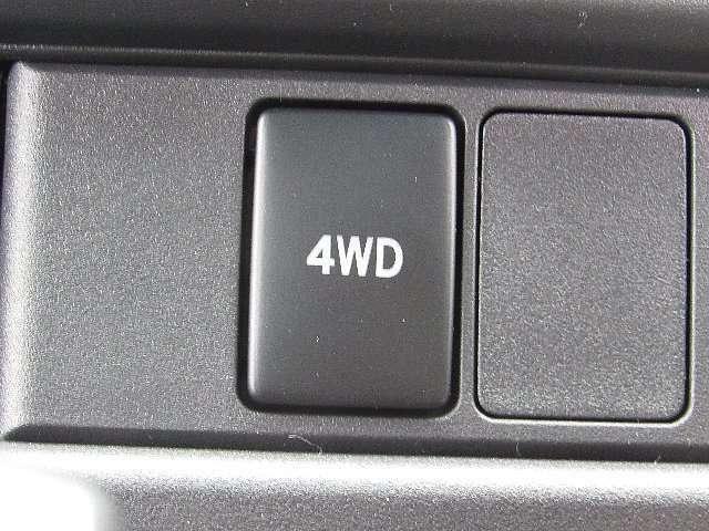 4WD車です
