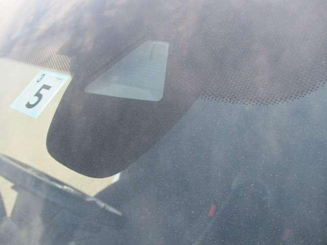 ハイブリッド ワンオーナー 衝突軽減 オートクルーズ レーンキープ 社外ナビ リヤカメラ ETC LEDヘッドライト(2枚目)