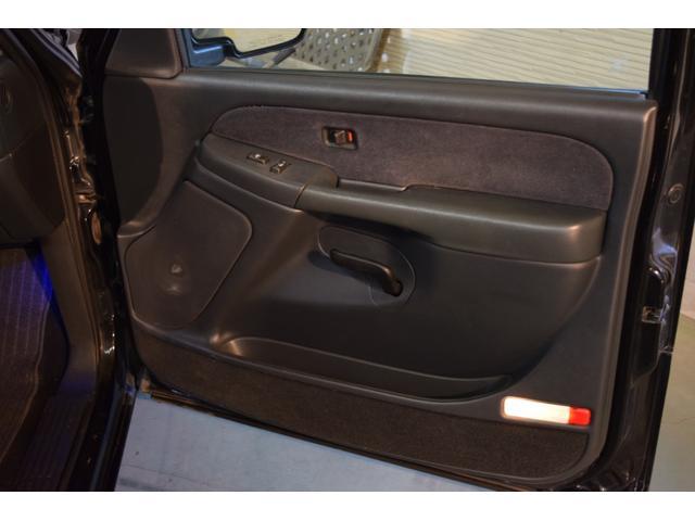 「シボレー」「シボレーシルバラード」「SUV・クロカン」「千葉県」の中古車50