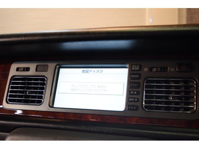 標準仕様車 デュアルEMVパッケージ 法人前オーナー グレーレザーシート リアシートリクライニング&マッサージ機能付 リアバニティーミラー キーレス ETC スペアキー 取説 新車時保証書有(25枚目)