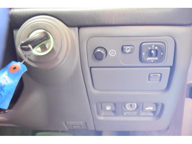 標準仕様車 デュアルEMVパッケージ 法人前オーナー グレーレザーシート リアシートリクライニング&マッサージ機能付 リアバニティーミラー キーレス ETC スペアキー 取説 新車時保証書有(34枚目)