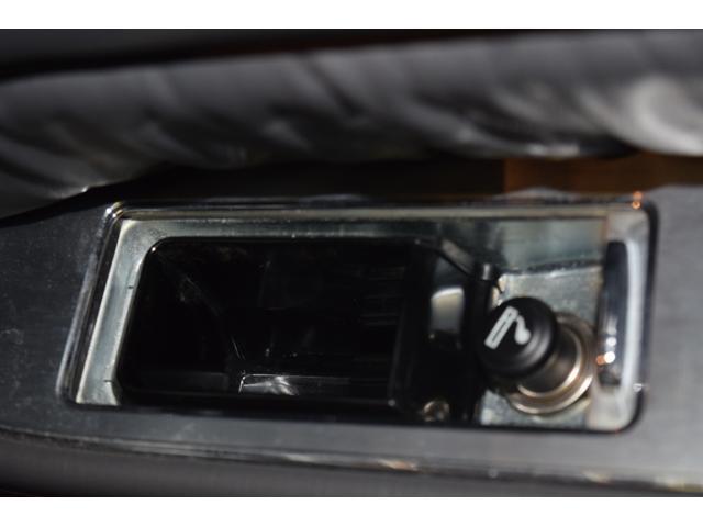 標準仕様車 デュアルEMVパッケージ 法人前オーナー グレーレザーシート リアシートリクライニング&マッサージ機能付 リアバニティーミラー キーレス ETC スペアキー 取説 新車時保証書有(36枚目)