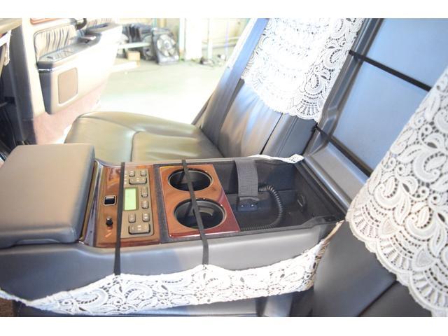 標準仕様車 デュアルEMVパッケージ 法人前オーナー グレーレザーシート リアシートリクライニング&マッサージ機能付 リアバニティーミラー キーレス ETC スペアキー 取説 新車時保証書有(47枚目)