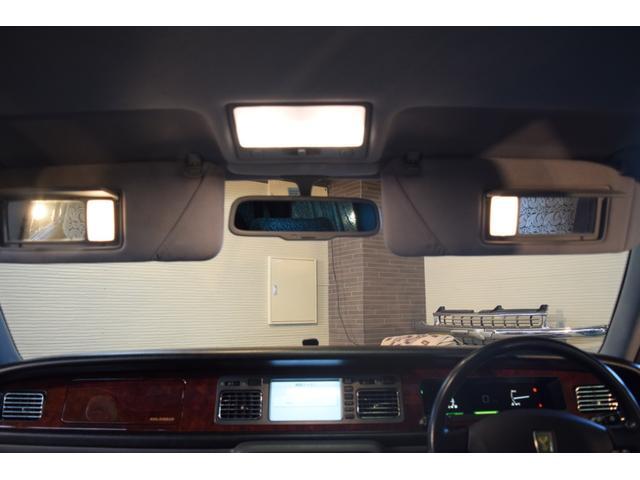 標準仕様車 デュアルEMVパッケージ 法人前オーナー グレーレザーシート リアシートリクライニング&マッサージ機能付 リアバニティーミラー キーレス ETC スペアキー 取説 新車時保証書有(56枚目)