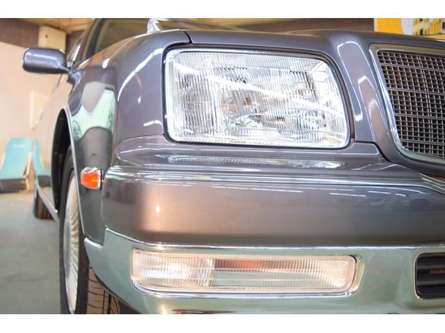 標準仕様車 デュアルEMVパッケージ 法人前オーナー グレーレザーシート リアシートリクライニング&マッサージ機能付 リアバニティーミラー キーレス ETC スペアキー 取説 新車時保証書有(65枚目)