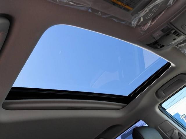 トヨタ ランドクルーザープラド 2.8クリーンD Lパケ本革内装7人乗り トヨタセーフティ