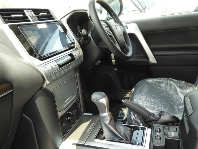 「トヨタ」「ランドクルーザープラド」「SUV・クロカン」「埼玉県」の中古車32