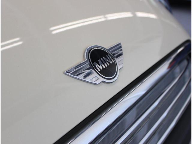 ワン 認定中古車 1オーナー ナビPKG ルーフステッカー 15インチAW ETC(22枚目)