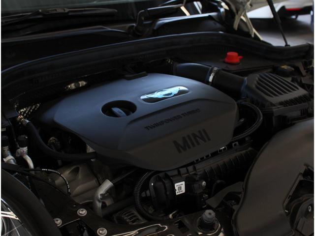 ワン 認定中古車 1オーナー ナビPKG ルーフステッカー 15インチAW ETC(23枚目)