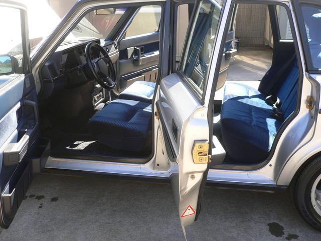 ボルボ ボルボ 240 ターボ 帝人モデル ガレージ保管車両