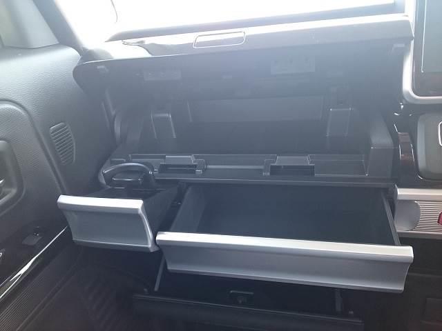 ハイブリッドGS 届出済未使用車 片側電動ドア(8枚目)