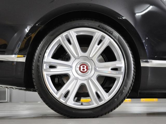 ベントレー ベントレー コンチネンタル GT V8コンバーチブル ワンオーナー