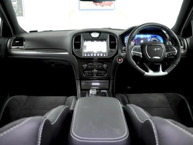 G735 Galleryはハイエンドな輸入車を中心に多彩なラインナップを取り揃えております。