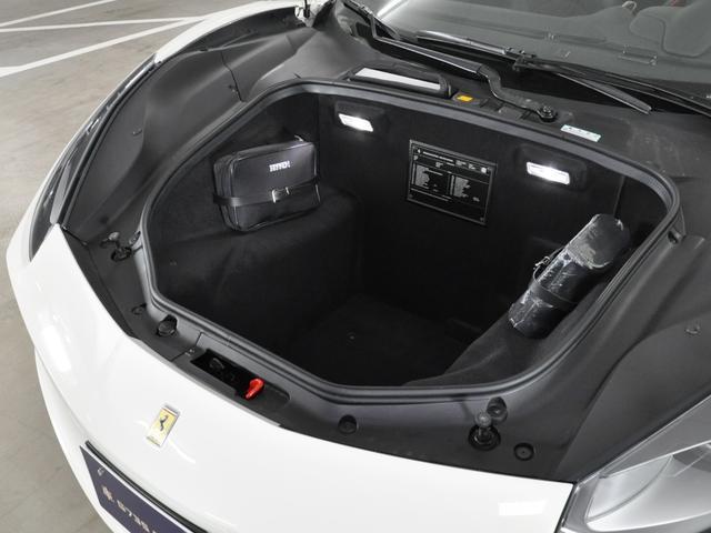 「フェラーリ」「フェラーリ 488スパイダー」「オープンカー」「東京都」の中古車19