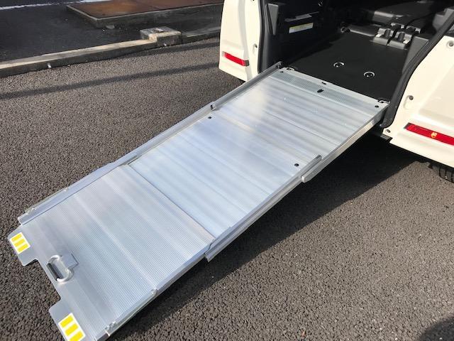 G車椅子積載車 純正ナビ Bカメ 片側PSD(2枚目)
