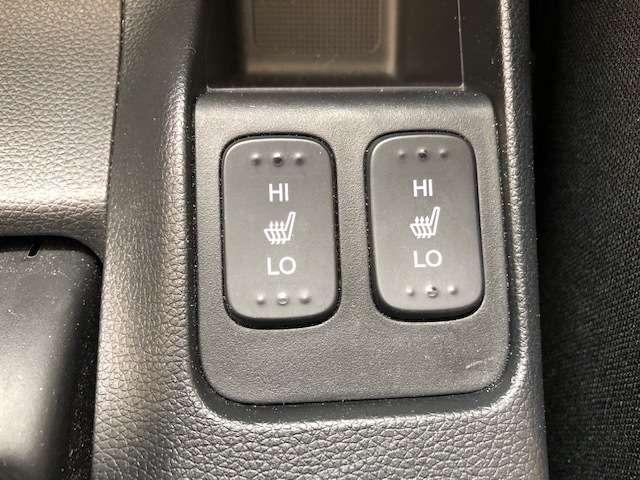 Fパッケージ コンフォートエディション 運転席/助手席シート(2枚目)