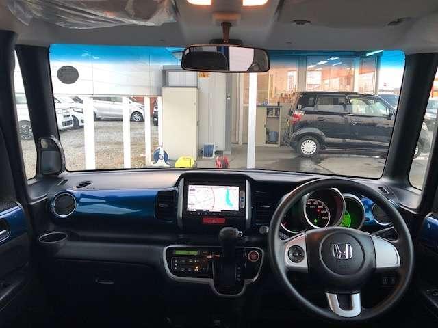 HONDA中古車商品化整備基準に基づき、弊社サービススタッフが真心を込めて納車前整備を実施させて頂きます。