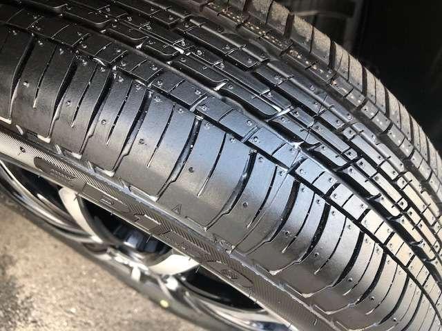 タイヤの溝も良好です。