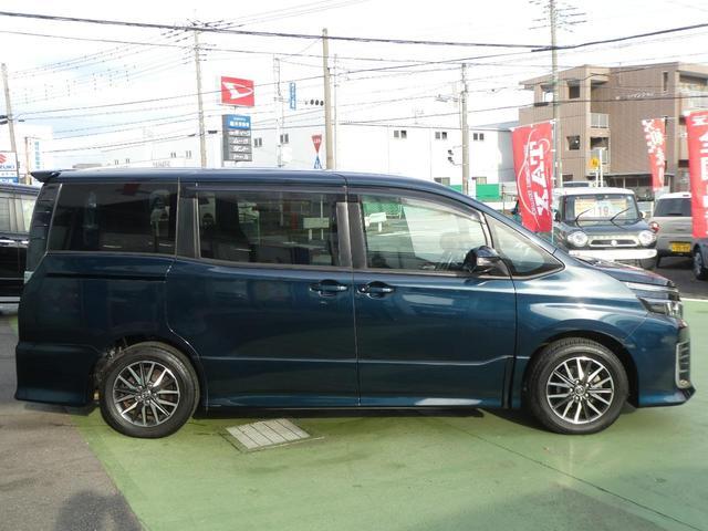 「トヨタ」「ヴォクシー」「ミニバン・ワンボックス」「埼玉県」の中古車4