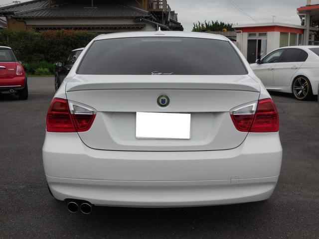 BMW BMW 320i ハイライン仕様 19AW タイヤ新品