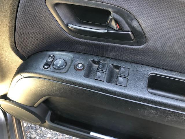 スポーツG 4WD ETC キーレス 社外オーディオ(7枚目)