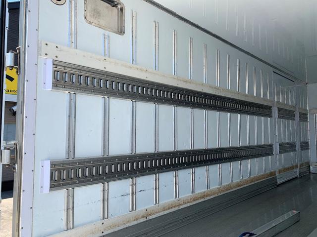 エアサス格納ゲート付冷蔵冷凍車(7枚目)