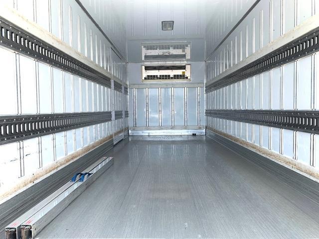 エアサス格納ゲート付冷蔵冷凍車(8枚目)