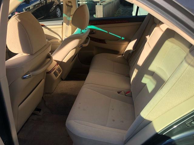 トヨタ クラウン ロイヤルサルーン走行3万キロ後期型ディーラー整備車輛3年保証