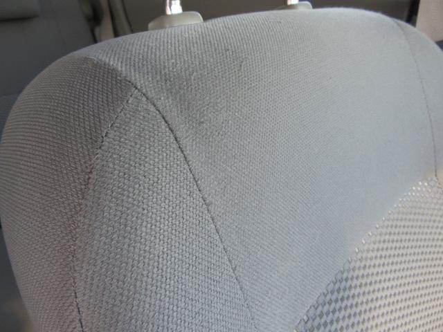 助手席シート少々擦れがございます。