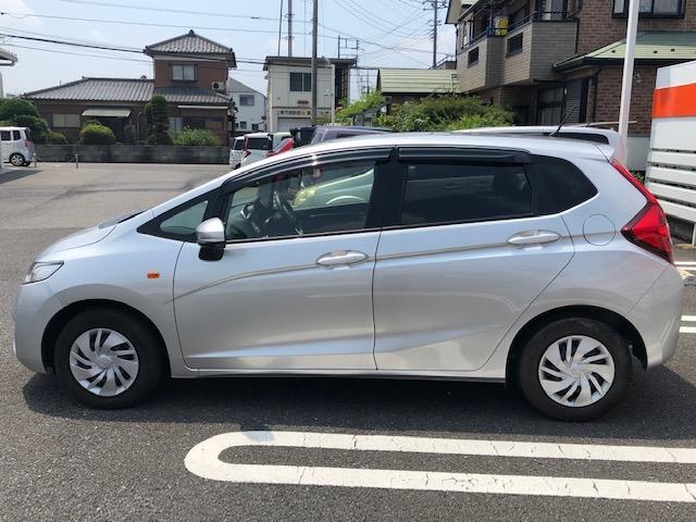 13G ワンオーナー車 保証付 メモリーナビ ETC付(5枚目)