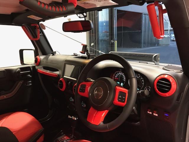日本全国の中から、Jeep越谷をお選びくださいまして有難うございます。厳選された中古車を多数ご用意して皆様のご来店・お問い合わせをお待ちしております。お問い合わせは【0066-9704-0101】