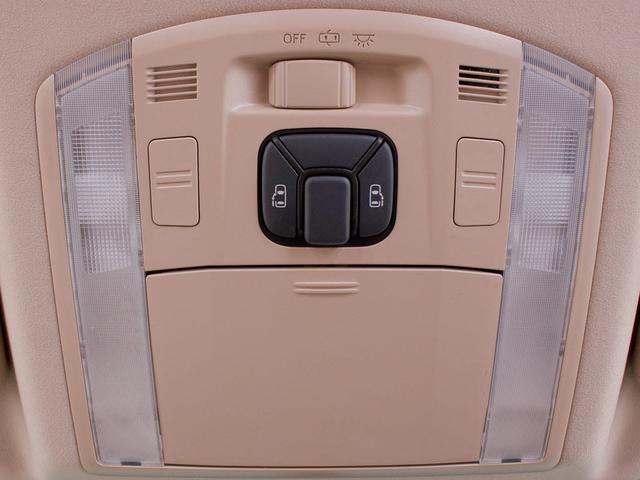 X リアモニター 両側自動ドア バックカメラ フルセグ(19枚目)
