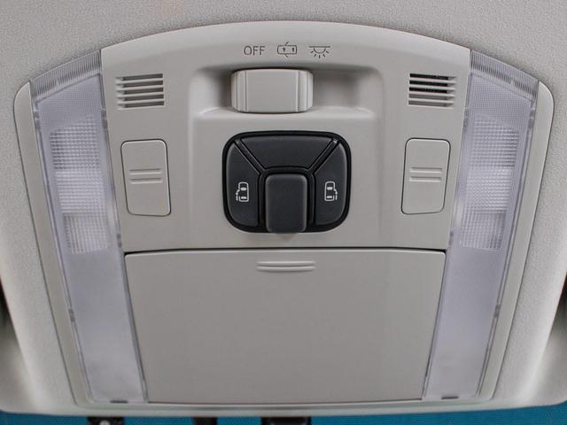 ZR 両自ドア HDDナビ後席モニター 地デジ ETC(8枚目)