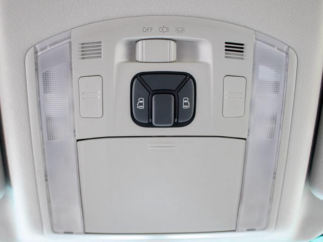 2.4Z 両側自動ドア HDDナビ リアモニター 7人乗り(8枚目)