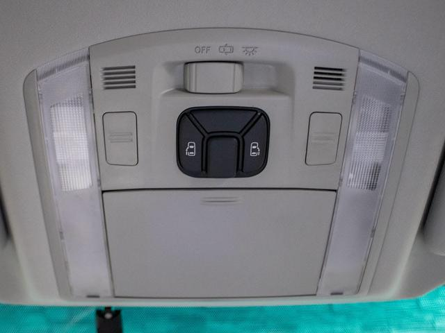 240S 後期型 モデリスタエアロ 禁煙車 リヤモニター SDナビ 両側パワースライド フルセグ 電動シート ETC 7人乗り(15枚目)
