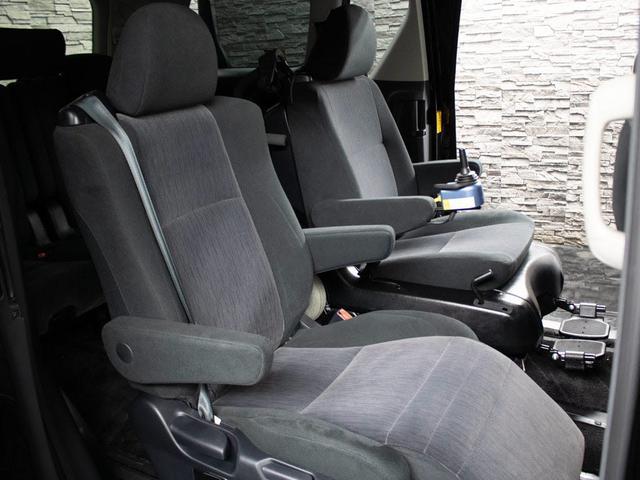 240S 後期型 モデリスタエアロ 禁煙車 リヤモニター SDナビ 両側パワースライド フルセグ 電動シート ETC 7人乗り(18枚目)