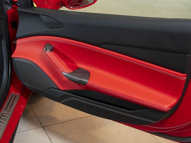 「フェラーリ」「488GTB」「クーペ」「東京都」の中古車11
