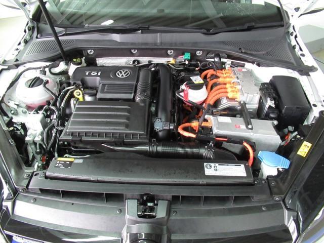 フォルクスワーゲン VW ゴルフGTE GTE VW認定中古車  Navi+ETC