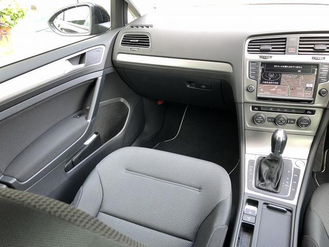 TSIコンフォートラインブルーモーションテクノロジー VW認定中古車 Navi ETC バックカメラ ACC機能付 〜希少なナイトブルーMです〜(10枚目)