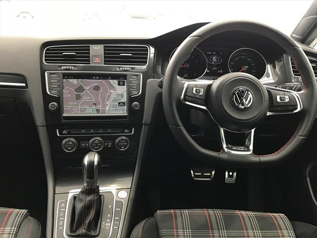 ベースグレード VW認定中古車  ワンオーナー 禁煙車(10枚目)