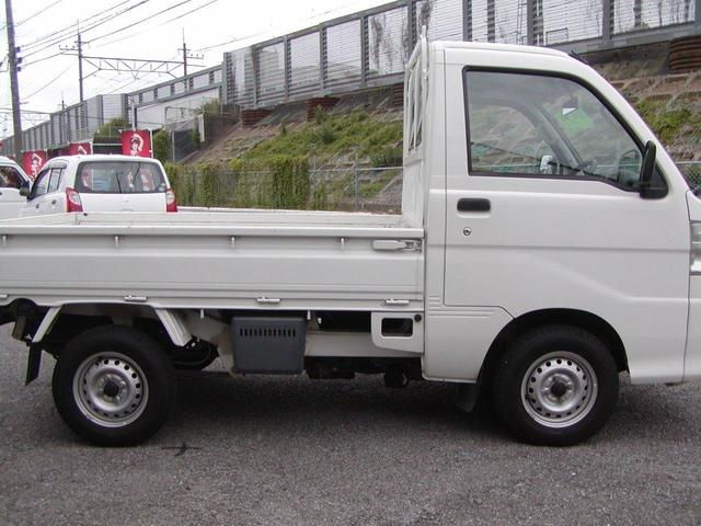 エアコン・パワステ スペシャル 4WD ナビ ETC(4枚目)