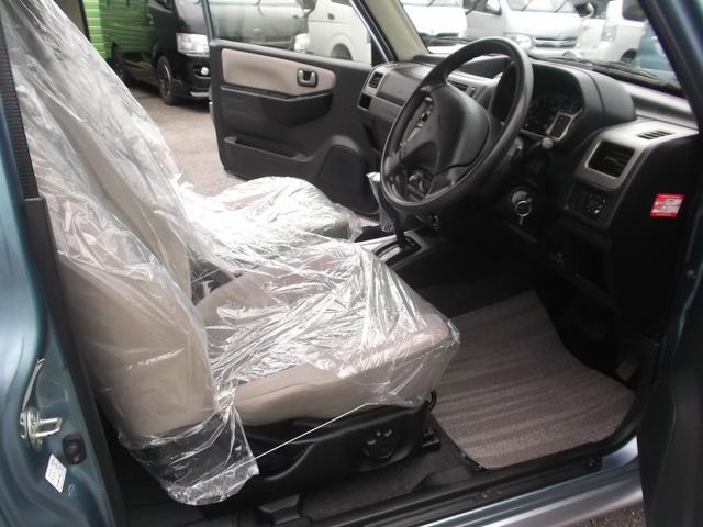 VR ワンオーナー車 CDコンポ 4WD キーレス(12枚目)