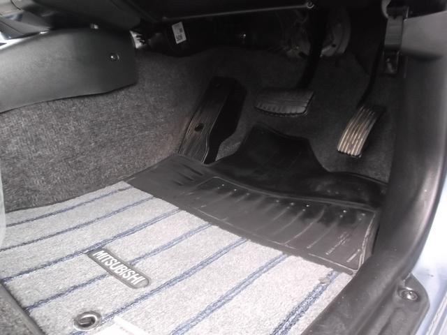 VR ワンオーナー車 CDコンポ 4WD キーレス(16枚目)