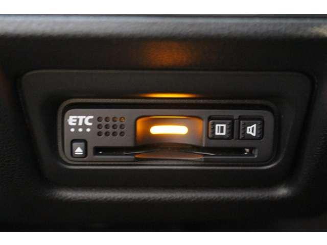 スパーダ ホンダセンシング 社外ナビ Bカメラ TV 両パワスラ ETC AW 横滑り防止装置 ナビTV オートエアコン Bカメ LEDライト クルコン キーレス ETC メモリーナビ スマートキー ワンセグ 3列シート ABS(18枚目)